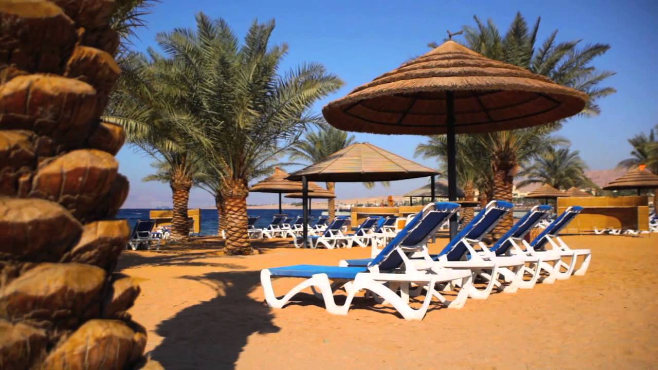 Movenpick_resort_tala_bay_Aqaba_pool