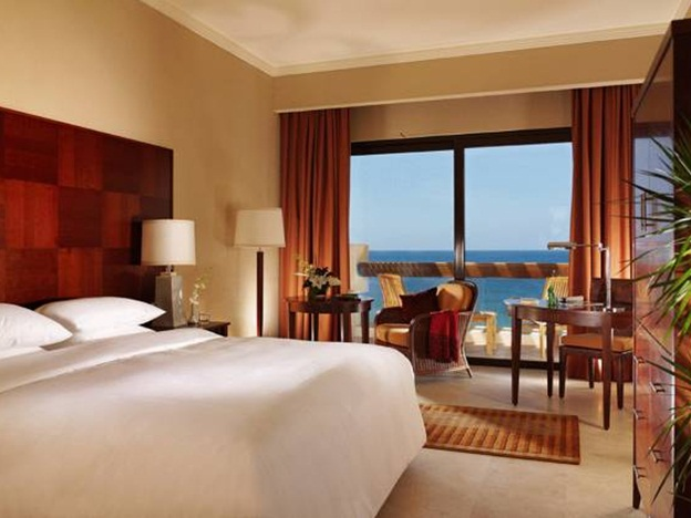 intercontinental_aqaba_hotel_room