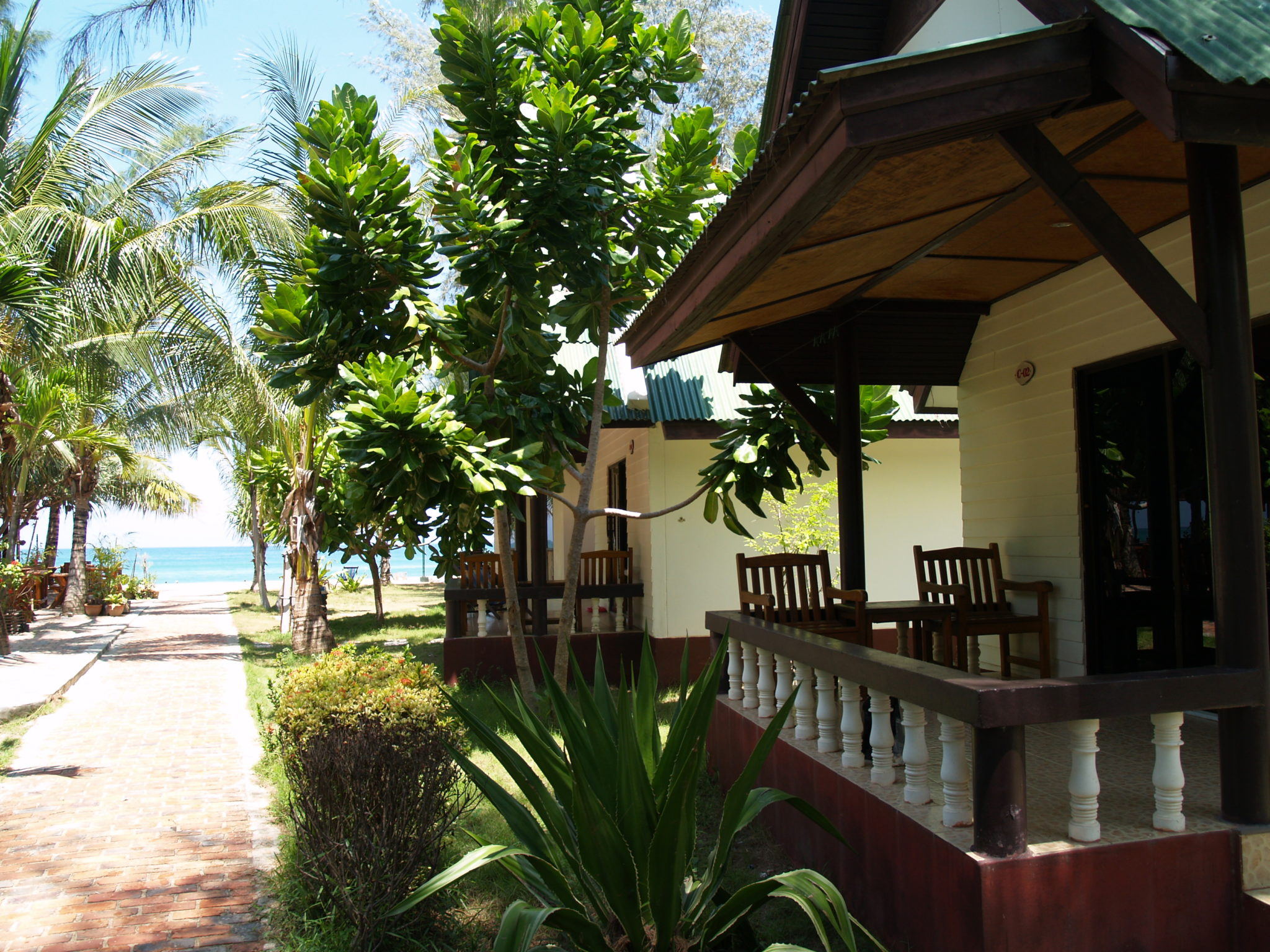 SLResort_bungalow4